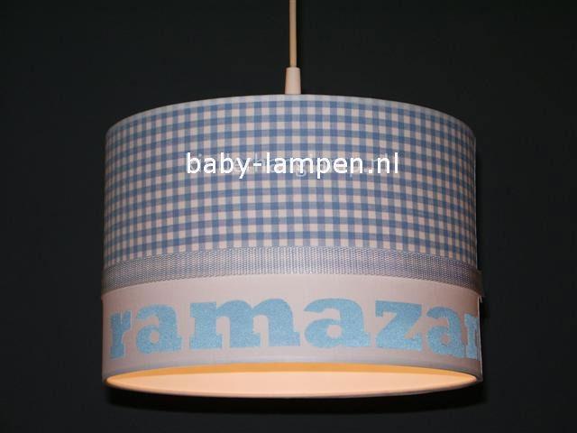 Jongenslamp met naam lichtblauw ruitjes
