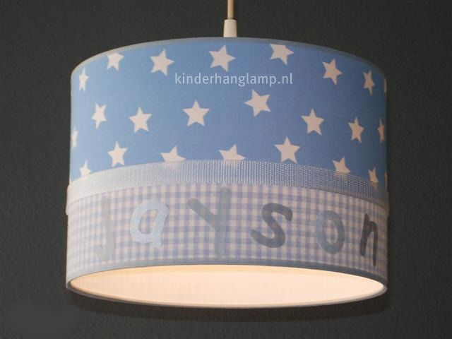 Jongenslamp met naam lichtblauw en zilver letters