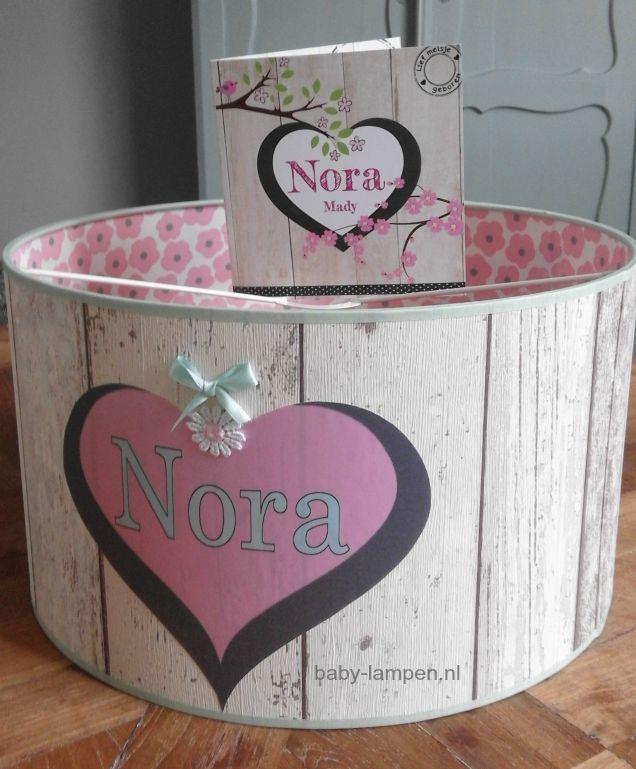 Jongenslamp meisjeslamp steigerhout roze hartje