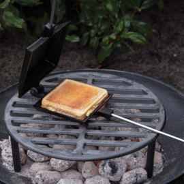 Tosti ijzer voor op het vuur
