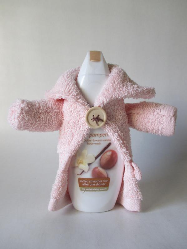 Dove bodywash shea butter & warm vanilla 250 ml met 2 washandjes als badjas