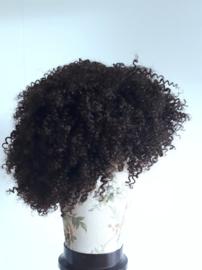 Pietenpruik kleine krul (echt haar bruin)