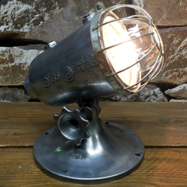 Industrial Natale spotlight