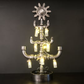 Industriële Kerstboom met verlichting  (Prijs op aanvraag)