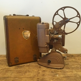 Film projector Ampro A-8 1946
