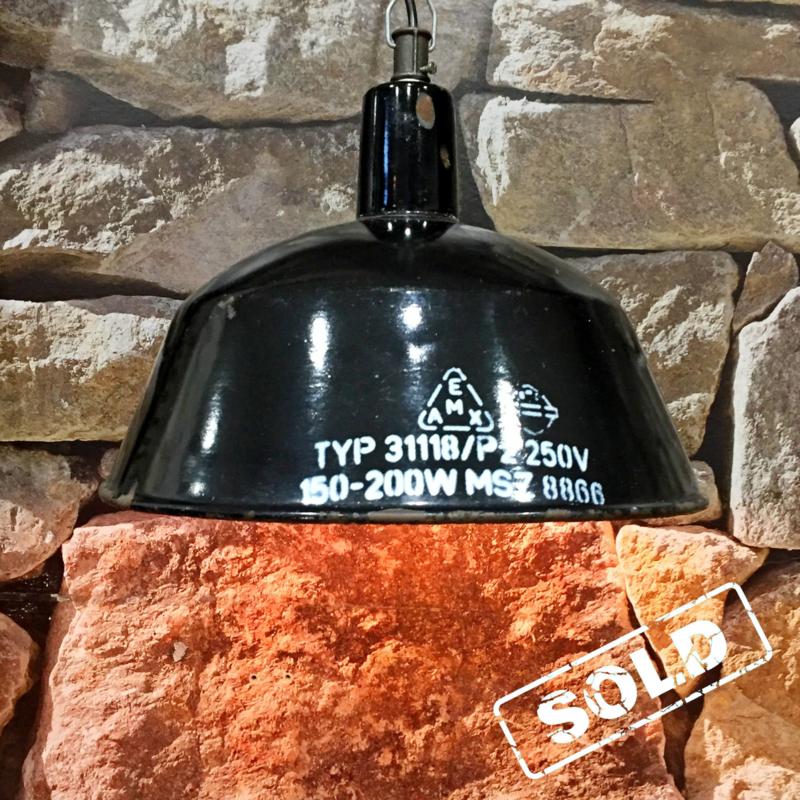 Industrieel zwart emaille fabriekslamp  (6 stuks)