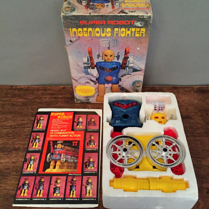 Robot Ingenious Fighter Hong Kong 1970 Original package!