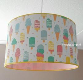 Lamp kinderkamer roze met ijsjes