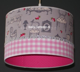 lamp meisjeskamer grijs barok stoeltje