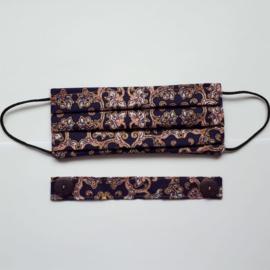 Batik design mondkapje met bijbehorende verlenging