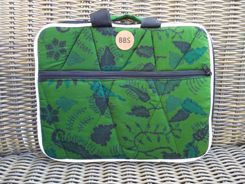 batik laptop sleeve Groen 15""