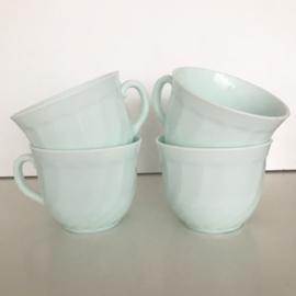 4 opaalglas koffiebekers