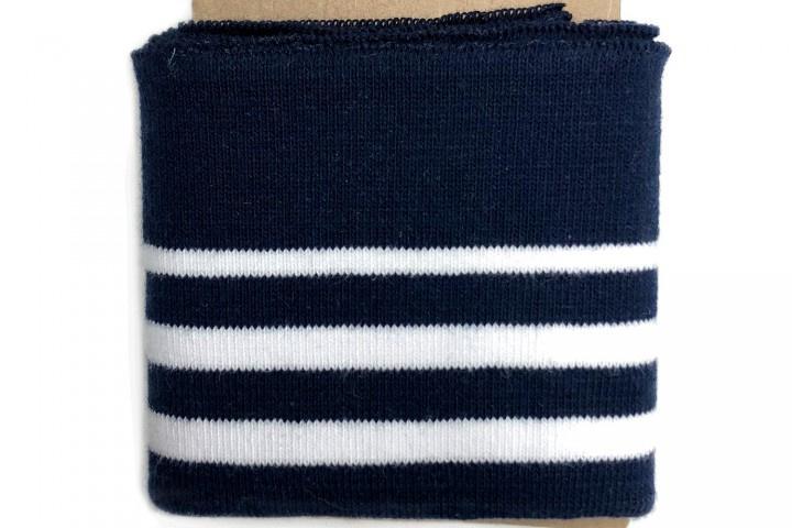 Boord met dun streepje marineblauw-wit