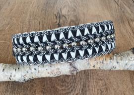 Paracord Halsband  Pip Zwart / Wit met kralen