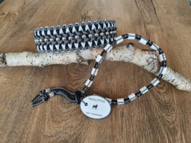Paracord Halsband  Pip en Tekenband Set Zwart / Wit met kralen