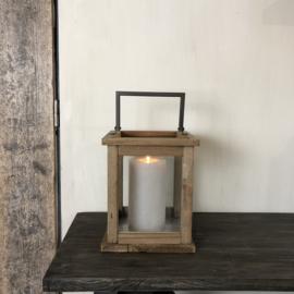 Houten lantaarn met ijzeren ophangbeugel - 22x22x26 cm