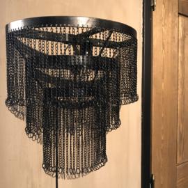Wandlamp Pascal met zwarte kettinkjes