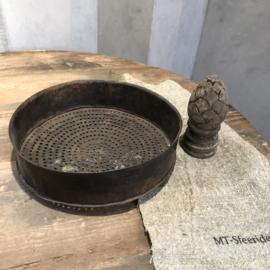 Antieke zeef - Roestkleur #2