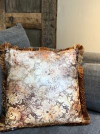 Kussen met bloemen en roestige franjes - 45x45 cm