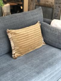 Kussen in okergoud velourse stof met plooien - 40x60 cm