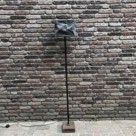 Vloerlamp Koos - roestig ijzer Hoffz
