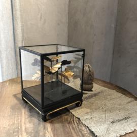 Stolp met vlinders - vierkant - 18x18x23 cm