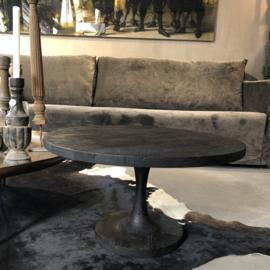 Salontafel van zwart hout met trompet poot - 70 cm