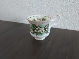 Mei -  Koffiekop met schotel (damesmodel)