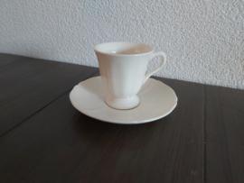 Queen's Plain Creme - Espresso- of mokka kop en schotel
