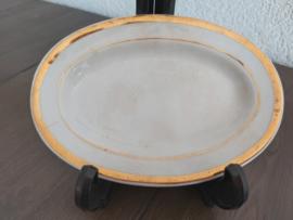 Poppenservies met gouden bies - Vleesschaaltje 13,5 cm