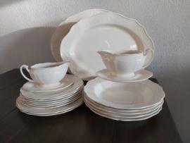 Creamware Guirlande (Garland)