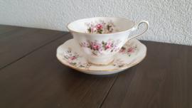 Lavender Rose - Thee kop en schotel (met imperfectie)