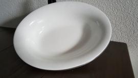 Silver Ermine ( Contour Shape) - Open groenteschaal, ovaal 25,5 x 20 cm