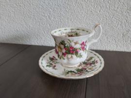 December - Koffiekop met schotel (damesmodel)