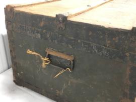 vintage hutkoffer