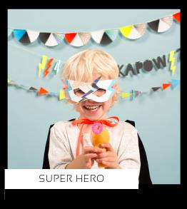 Super Hero Helden kinderfeestje verjaardag thema feestartikelen feestversiering van het merk Meri Meri My Little Day Partydeco kopen bij PretaPret altijd hip en trendy