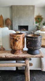 Bohemian houten vaas op voet naturel