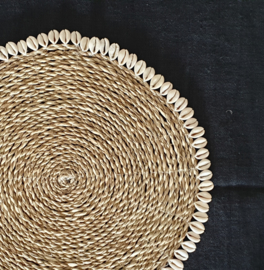 Placemat naturel met schelpenrand