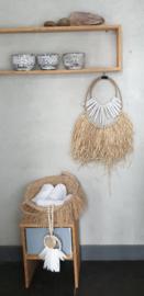 Raffia wandhanger met wit drijfhout