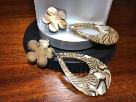 oorbellen XL met shell en raisin