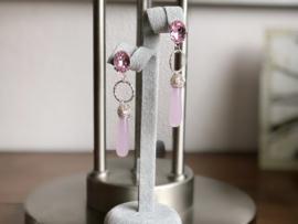 oorbellen XL met swarovski roze en hydro quartz pegels