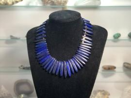 collier lapis lazuli sticks met hematiet goud