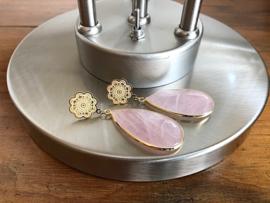 oorbellen XL verguld met rozenkwarts druppels