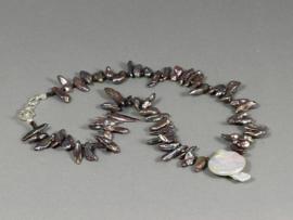 collier met grijze biwaparels en swarovski