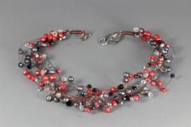 collier rode en zilvergrijze parels