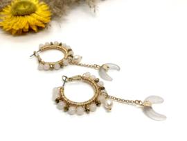 oorbellen goud creolen met witte jade