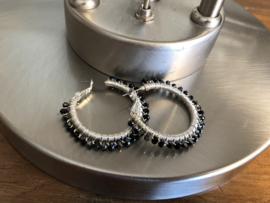 oorbellen creolen zilver met kristal zwart