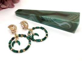 oorbellen lang goud met malachiet groen