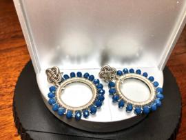 oorbellen zilver met blauw facet kristal