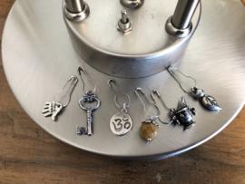 Steekmarkeerders zilver met jade - weegschaal
